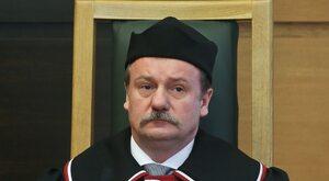 Samotny w Trybunale, czyli kariera Piotra Pszczółkowskiego