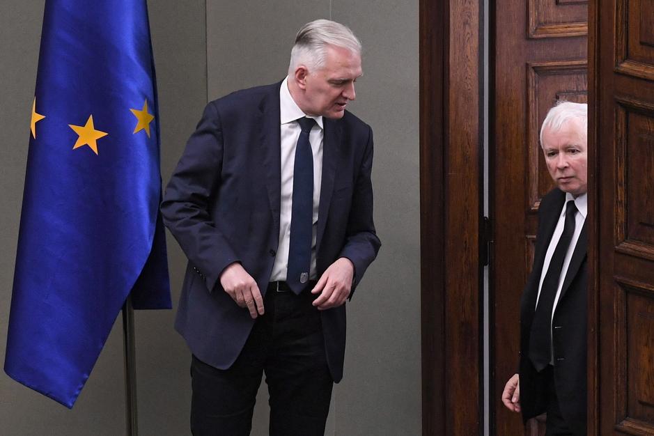 """""""Kaczyński gotów wyrzucić Gowina"""". W obozie władzy wrze"""