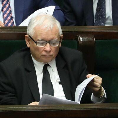 """Mocne słowa Kaczyńskiego. """"Tylko zdecydowana postawa wobec tej..."""
