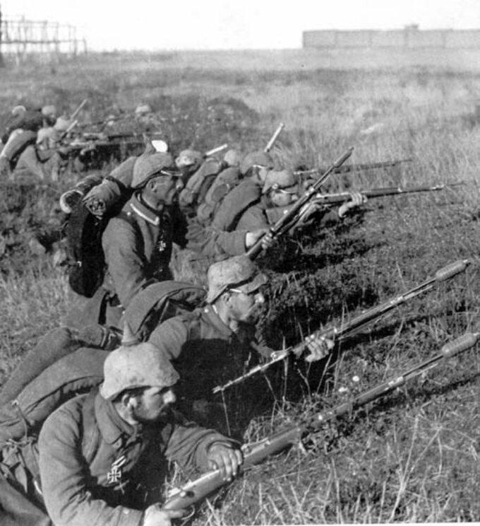 Niemieccy żołnierze wczasie bitwy nad Marną (1914)