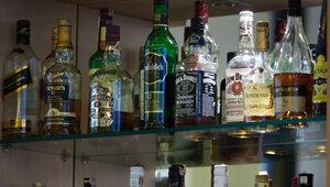 Nielegalna sprzedaż alkoholu w Sejmie. Kancelaria Sejmu wypowiada umowę...