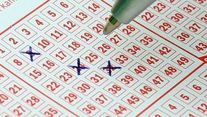 """Czy ktoś wygrał """"szóstkę""""? Wyniki Lotto w czwartek 10 czerwca 2021"""