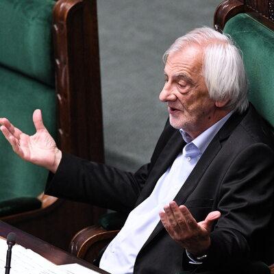 """Gorąco w Sejmie. Terlecki wyłączył mikrofon Budce. """"Siadaj Nitras!"""""""