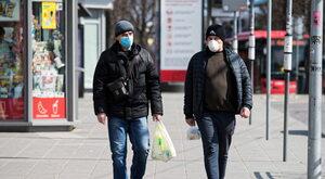 Wirus rujnuje gospodarkę. Ekspert przedstawia trzy scenariusze dla Polski