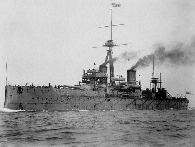 Brytyjski pancernik HMS Dreadnought