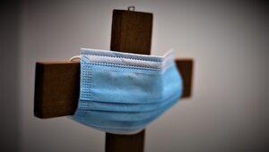 """Badanie: Katolicy najbardziej """"wyszczepioną"""" grupą wyznaniową w USA"""
