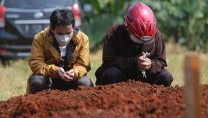 Tragiczna sytuacja epidemiczna w Azji. Indonezja: Rekord zgonów