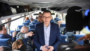 """300 dni """"piątki Morawieckiego"""". Premier ruszył w Polskę, a my z nim"""