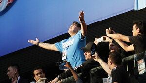 Maradona zasłabł po meczu Argentyny. Wcześniej pokazywał wulgarne gesty