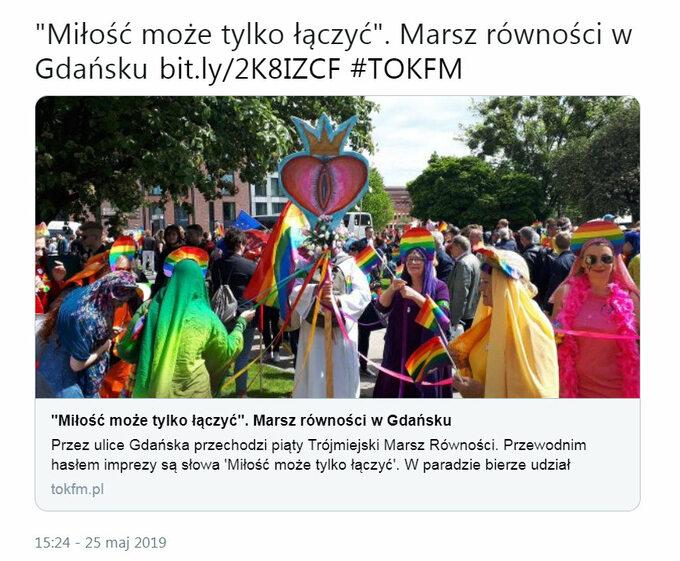 """Ulicami Gdańska przeszedł dzisiaj Marsz Równości podhasłem """"Miłość może tylko łączyć"""" (zdjęcie zTwittera Radia TOK FM)"""