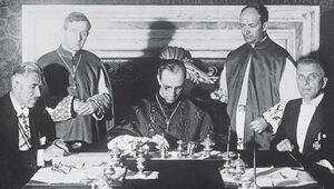 Zabić Hitlera. Pius XII i szpiedzy w sutannach