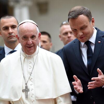 Andrzej Duda spotkał się z Franciszkiem. Papież pochwalił 500 plus