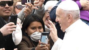 Nuncjusz apostolski zarażony COVID-19 tuż przed pielgrzymką papieża