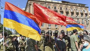 Armenia i Azerbejdżan walczą w Górskim Karabachu. USA wzywają do...