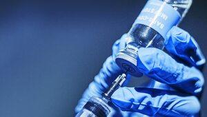 Holandia: Lekarze potajemnie podają szczepionki przeciwko COVID-19