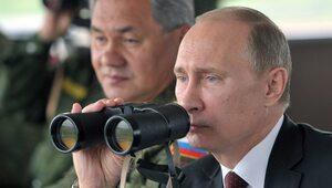 """Putin chce """"odkręcić kurek"""" z migrantami. Alarm tajnych służb ws. Libii"""