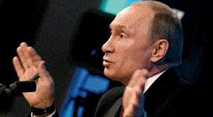 Putin gra demokratę