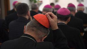 """Episkopat przypomniał o urodzinach abp. Paetza. """"Umieszczenie wpisu było..."""