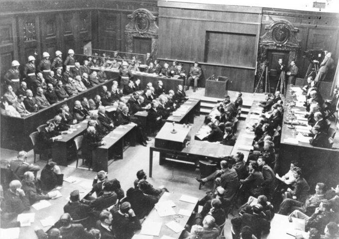 Sala rozpraw podczas procesu norymberskiego