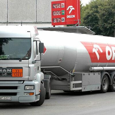 Orlen kupił ropę z Iranu. Milion baryłek trafi do Polski w styczniu