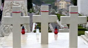 Ukraińscy nacjonaliści w obronie polskich grobów