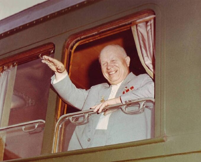 Nikita Chruszczow podczas podróży pociągiem, 1962r.