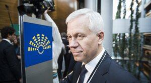 Marek Jurek: PiS spycha sporą część opinii prawicowej na pozycje...