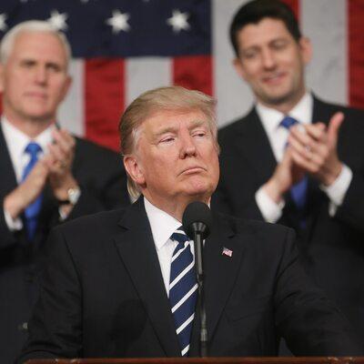 """USA: Sąd Najwyższy podtrzymał dekret antyimigracyjny Trumpa. """"Ogromne..."""