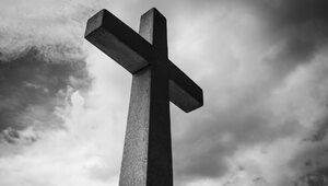 Biskup rezygnuje z powodu niewłaściwego prowadzenia spraw nadużyć