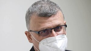 Grzesiowski proponuje pakiet przeciwepidemiczny. Obowiązkowe szczepienia...