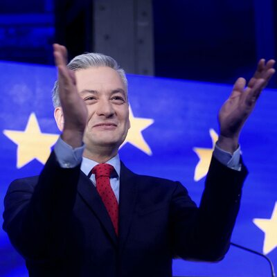 "Biedroń kandydatem na prezydenta? ""Yes, we can... but, can I?"""
