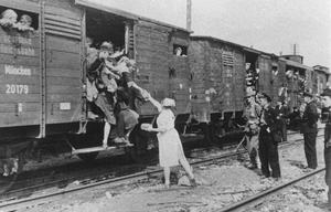 Alina Galewska – wspomnienia sanitariuszki z obozu Dulag 121