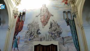 Watykański arcybiskup bohaterem erotycznego muralu na ścianie katedry