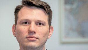 """Gowin chce """"paszportów covidowych"""". Mentzen: To rozwiązane totalitarne"""