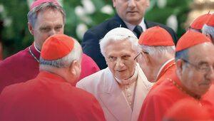 Benedykt XVI kończy dziś 94 lata. Premiera filmu o papieżu