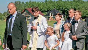 Ks. Szydło odchodzi z kapłaństwa. Diecezja komentuje
