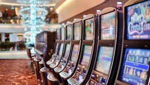 Większe kary i lepsza ochrona graczy. Nowela ustawy hazardowej wchodzi w...