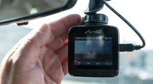 """Test """"Do Rzeczy"""": Kamera samochodowa Mio MiVue 812"""