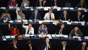 Parlament Europejski przyjął ułatwienia dla migrantów