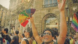 """Włochy: Reakcja Watykanu na prawo przeciwko """"homofobii"""""""