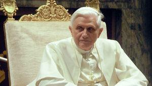 """Poruszający list papieża Benedykta XVI. """"Słabnę i pielgrzymuję do Domu..."""
