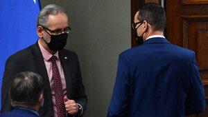 """Konflikt na linii premier – minister zdrowia. """"Nie będzie ryzykował..."""