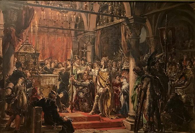 """Jan Matejko, """"Koronacja pierwszego króla R.P. 1001"""", (1889 rok), zcyklu """"Dzieje cywilizacji wPolsce"""", olej/deska dębowa; wymiary: 79 x 105 cm, wł. Muzeum Narodowe wWarszawie, naekspozycji Zamek Królewski wWarszawie."""