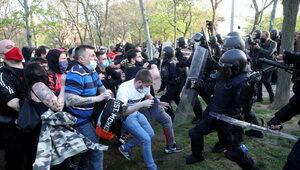 Atak lewicowych radykałów na konserwatystów VOX w Madrycie