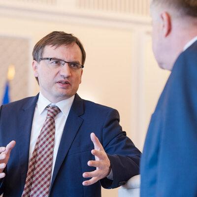 """Coraz więcej wniosków o areszt. """"Rz"""": To efekt rządów Ziobry"""