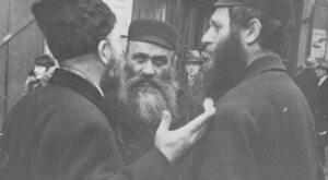 Polacy, Żydzi, ale naziści zamiast Niemców. Głośna książka pod lupą IPN