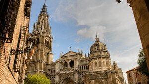 Hiszpania: Bezwstydny teledysk w prymasowskiej katedrze. Rektor składa...