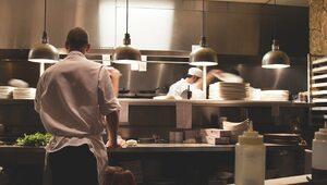 Sondaż: Czy Polacy poszliby do restauracji otwartej mimo zakazu?