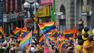 5,6 proc. Amerykanów deklaruje się jako osoby LGBT. To rekord