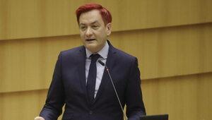 Biedroń: Polski rząd odwala szopkę